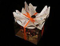 Originálně zabalené peníze jako svatební dárek